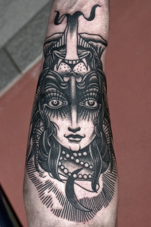She devil electric tattoo santana old black for She devil tattoo